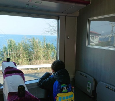 【子供連れ】未就学児はグリーン券やきっぷがなくても座れる?おすすめの普通列車のグリーン席は?